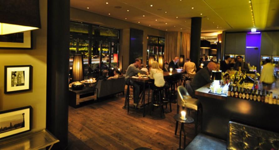 "DaCaio Bar und Campari Lounge im ""The George Hotel"""