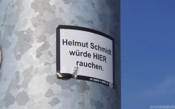"Cooler Sticker: ""Helmut Schmidt würde hier rauchen"""