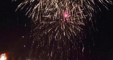 Olympisches Alsterfeuer: Feuerwerk und Fackellauf für Olympia