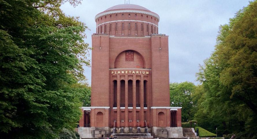 Planetarium Hamburg: Informationen und Öffnungszeiten ...  Planetarium Ham...