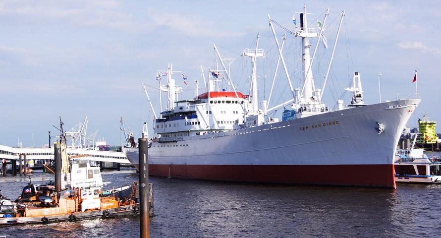 Cap San Diego: Museumsschiff im Hamburger Hafen