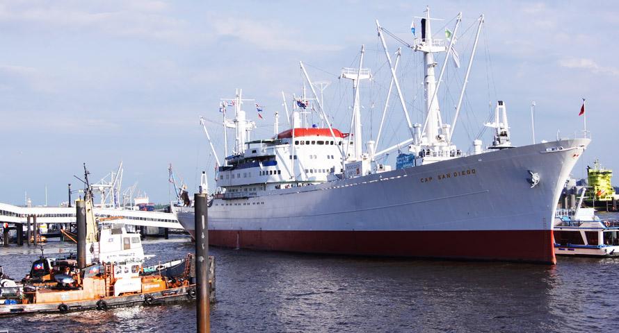 Cap San Diego – das Museumsschiff im Hamburger Hafen