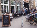 Pony Bar: Cafe und Kultur am Campus