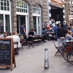 Pony Bar: Cafe und Kultur