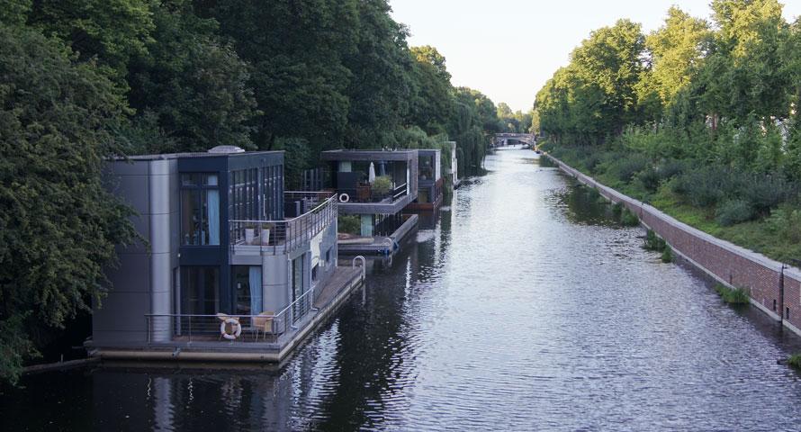 Hausboot Hamburg hausboote in hamburg wohnen auf dem wasser ahoihamburg