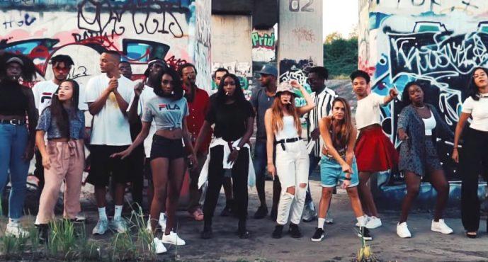 Jenfelderin Ace Tee landet viralen Musikhit