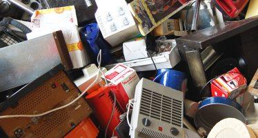 Container um kleine Elektrogeräte zu entsorgen