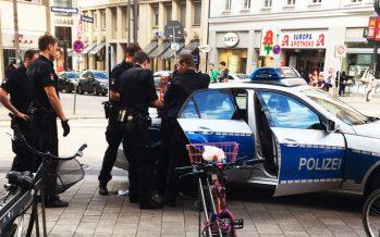 Blöd gelaufen: AfD-Schmierfink in der Mö erwischt