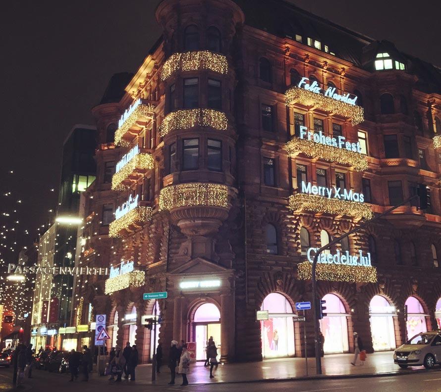 Weihnachtsbeleuchtung am Passagenviertel