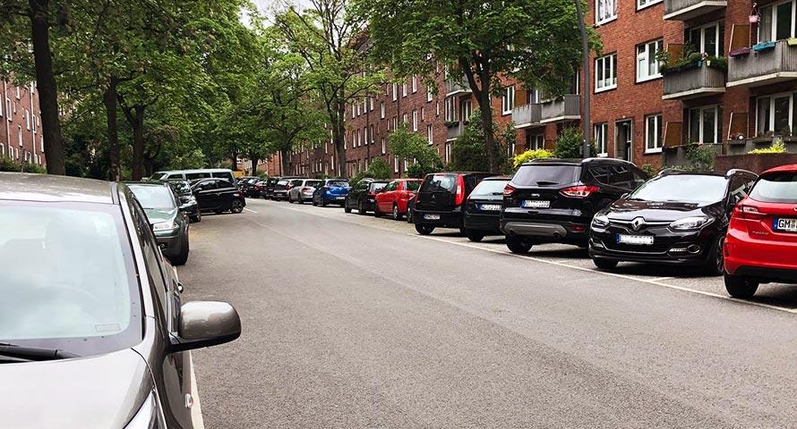 Elsässer Straße voller Autos